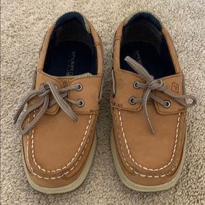 Little boys' Sperrys size 13